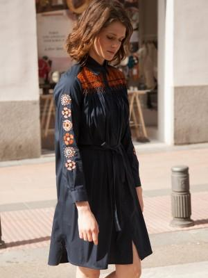Vilagallo Andrea Embroidered Shirt Dress Navy In Blue